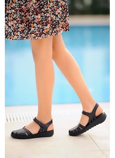 Pembe Potin A0204-20 Kadın Sandalet A0204-20 Siyah